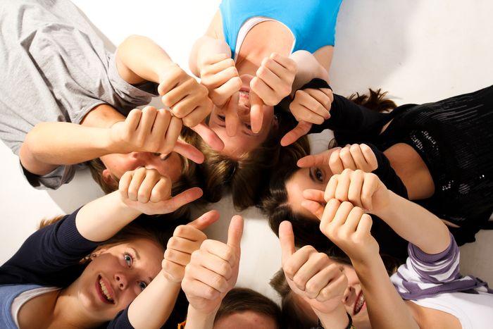 Dialoga, comparte, conoce y crea comunidad en Facebook